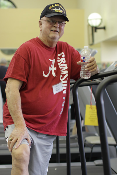 Donald Curl is seeing results from vascular rehab exercise on a variety of equipment, including treadmills and stationary bikes.